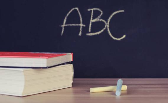 Normal_abc-books-chalk-chalkboard-265076