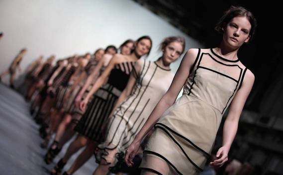 Normal_london-fashion-week-modeli